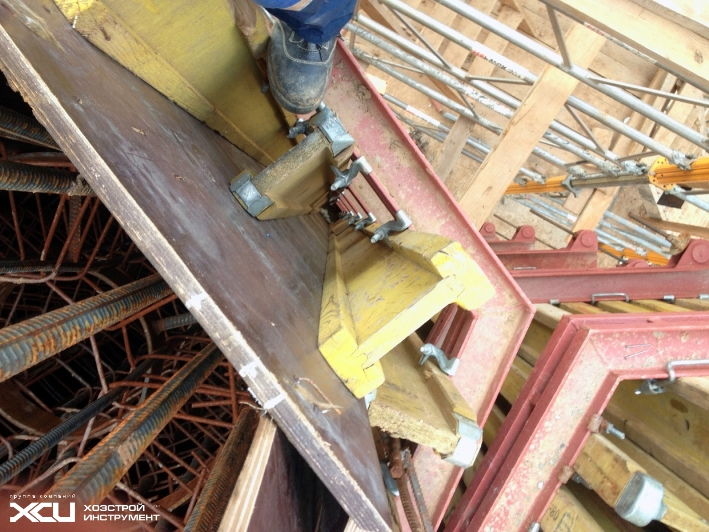 Балочно-ригельная опалубка для заливки опор моста5
