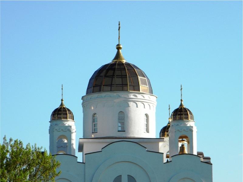 Остекленный купол церкви с помощью опалубки