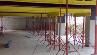 Усиленные телескопические стойки в опалубке — Жилой комплекс, г.Самара